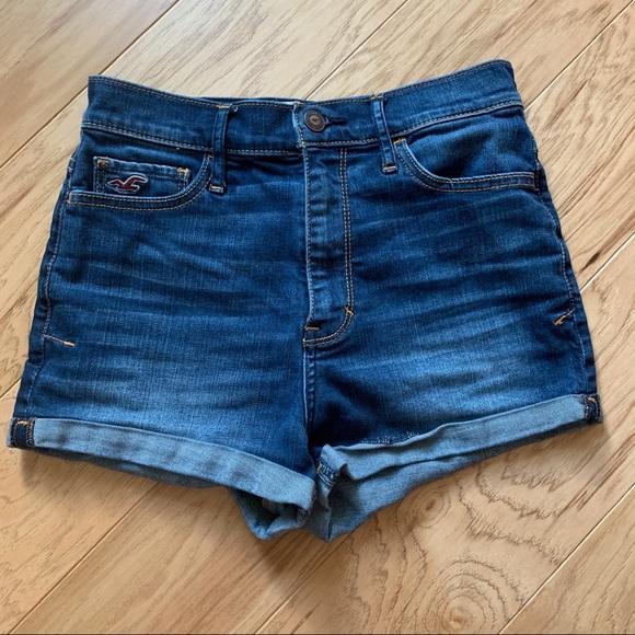 Hollister Pants - Natural high rise Jean Shorts